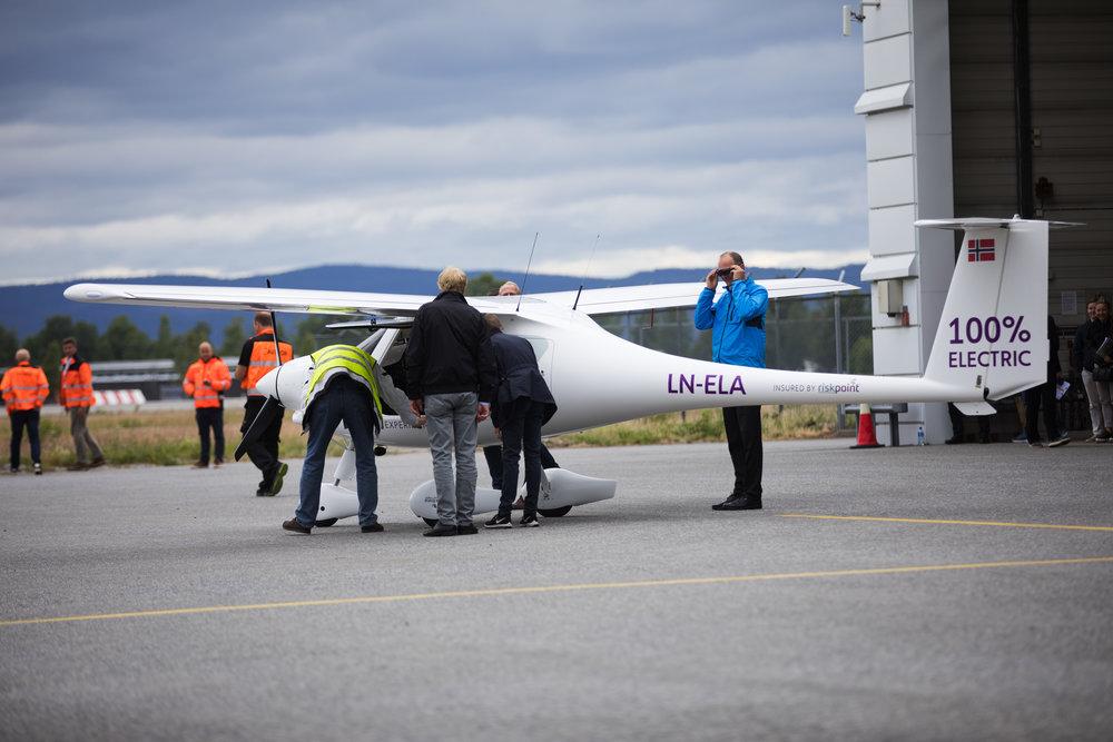 Fra testflygingen på Gardermoen,                    Foto: Avinor