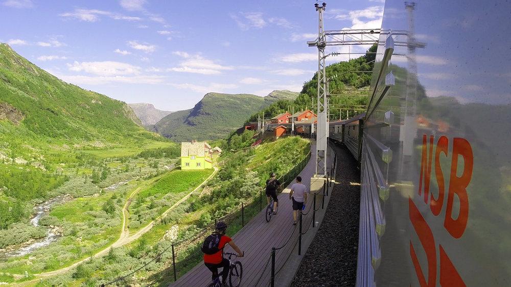 Rallarvegen-fra-Myrdal-stasjon-NSB.jpg