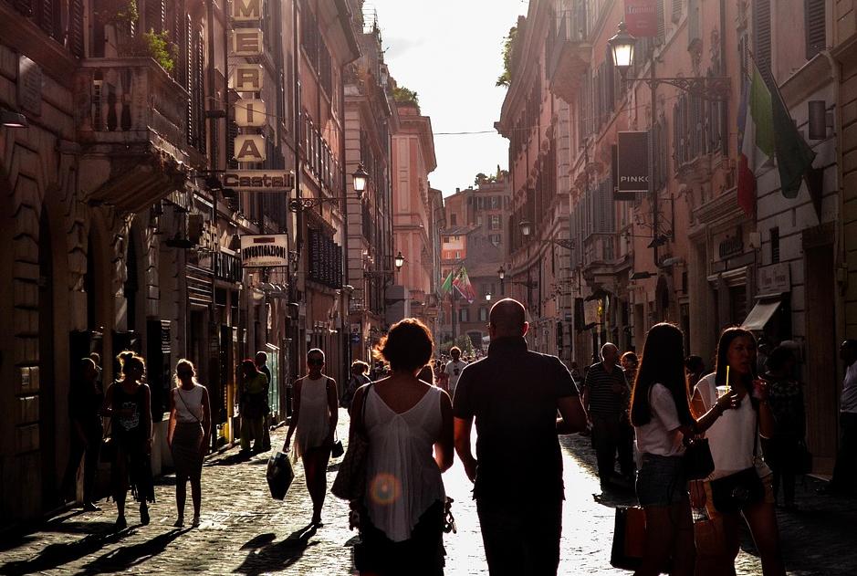 Er du klar for sommeropplevelser i Napoli?