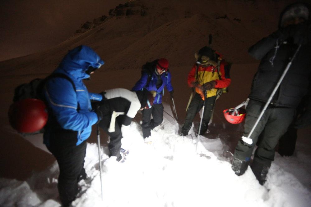 Turistaktivitetene ved Longyearbyen, som turer til Larsbreen, må innstilles. Foto: Odd Roar Lange