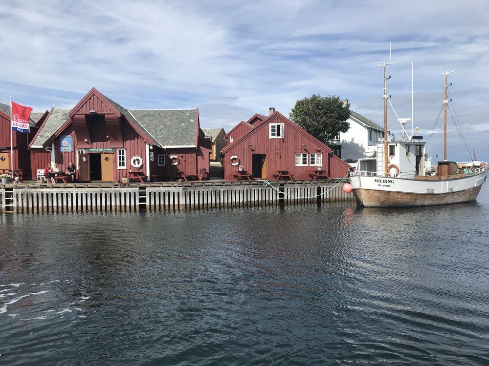 Vakre Håholmen tar hvert år i turister som vil utforske Hustadvika i Møre og Romsdal. Foto: Odd Roar Lange