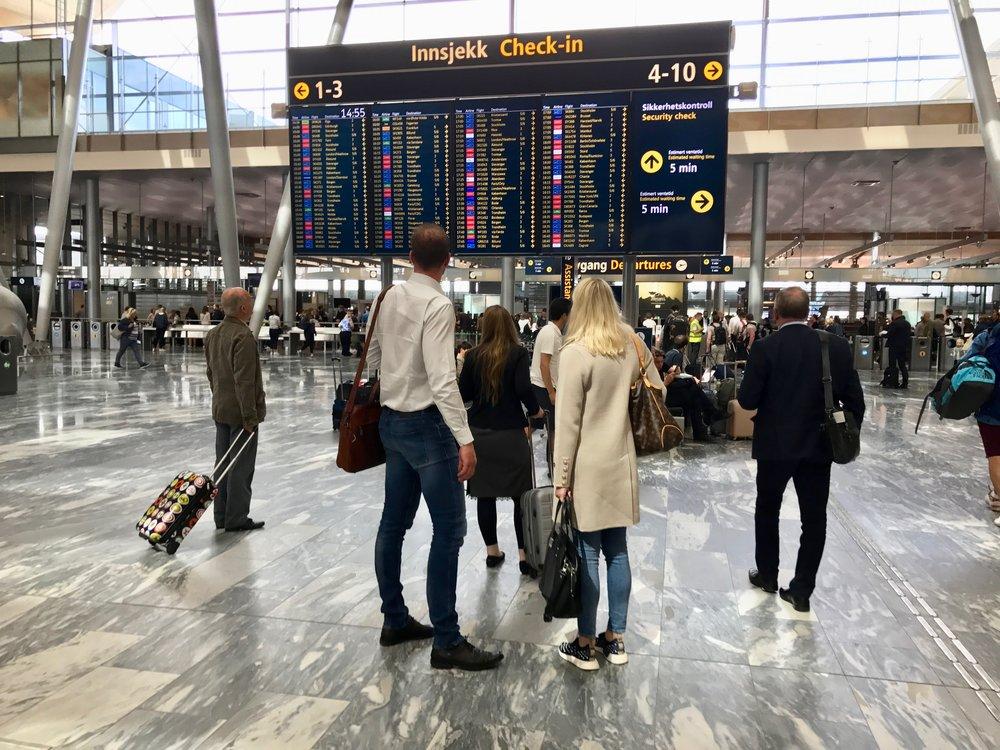 Turister reiser gjerne til Norge. Men hva gjøres for å få nordmenn til å reise i eget land? Foto: Odd Roar Lange