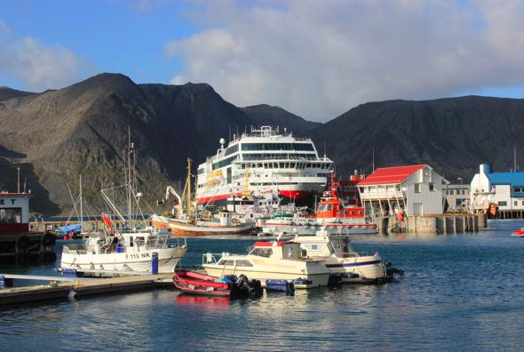 I Honningsvåg skal Hurtigruten og Cape Fish skape nye og unike opplevelser - og flere arbeidsplasser. Foto: HURTIGRUTEN