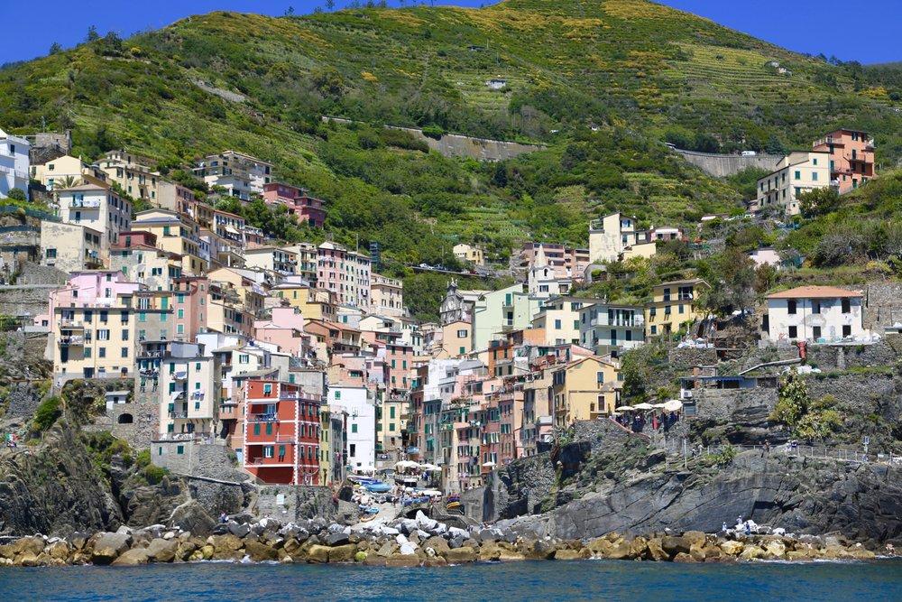 De populære Cinque Terre i Italia er klar for en ny sommersesong.             Foto: Odd Roar Lange