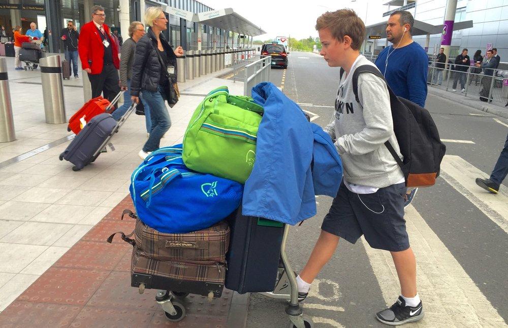 bagasje-fly-thetravelinspector.jpeg