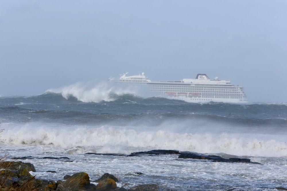 Kort vei fra totalhavari for Viking Sky. Foto: Odd Roar Lange