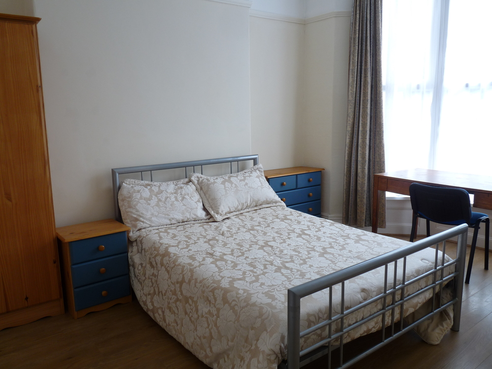 53 Bedroom 5.JPG
