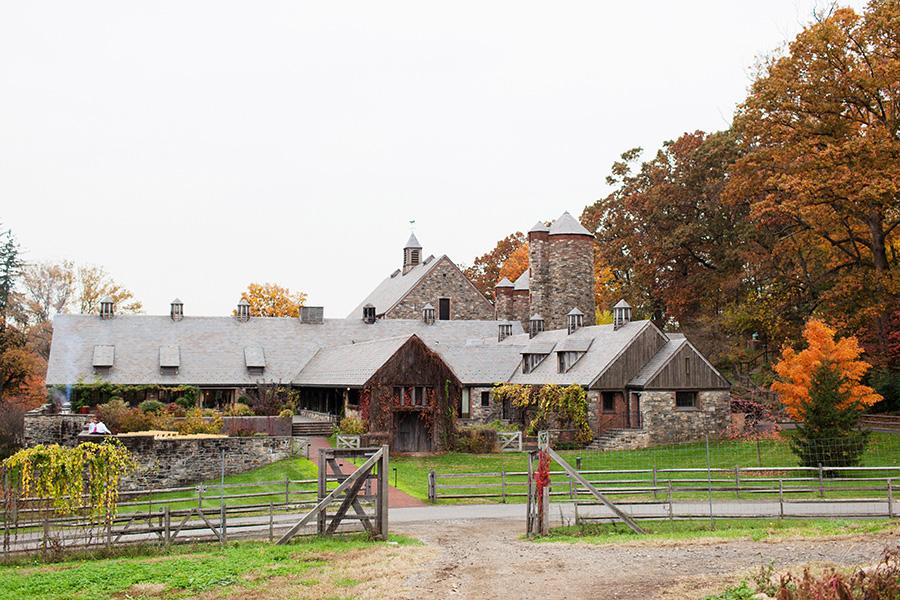 blue-hill-stone-barns-wedding-cost.jpg