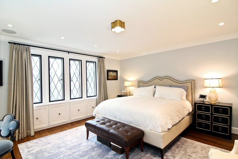 2446-Belmont-Road-NW-Washington-DC-Obamas-New-Home-Master-Bedroom-1200x800.jpg