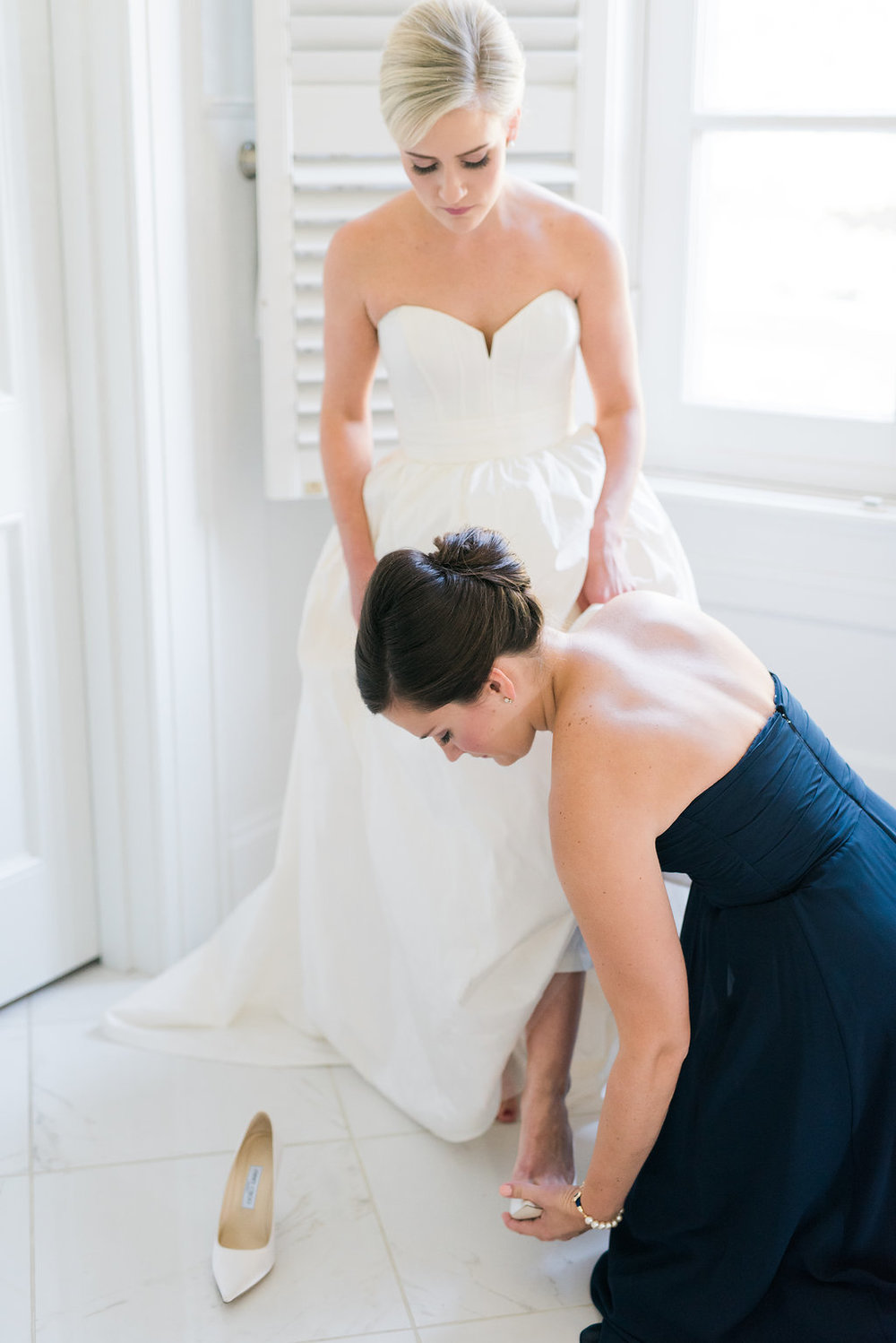 Samantha+Max_GettingReady_CathyDurigPhotography-235.jpg
