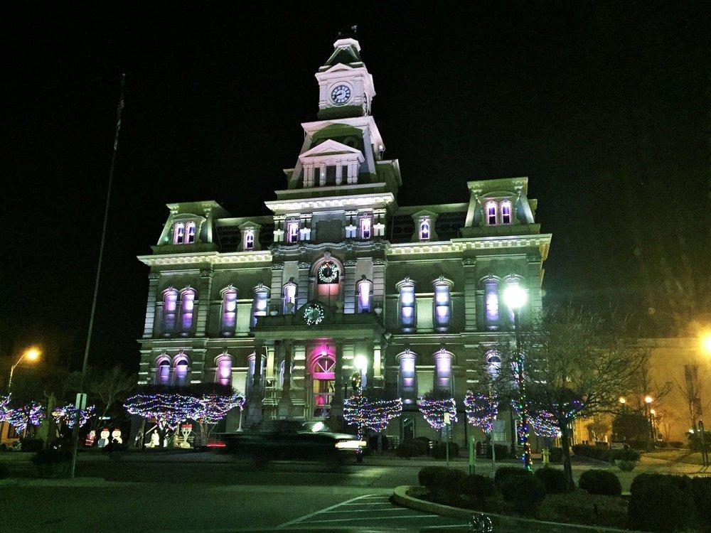 http://visitzanesville.info/storybook-christmas-2016/