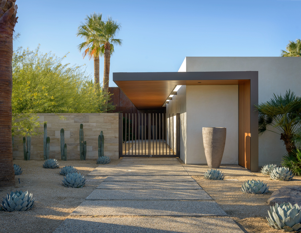 palm springs     desert entry garden
