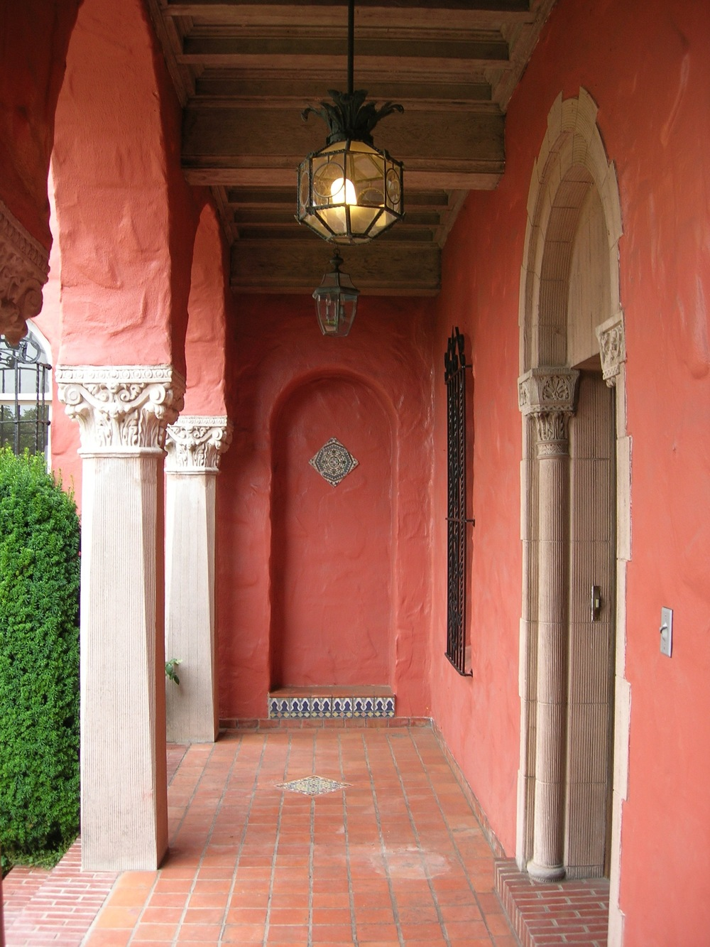 entry-porch-before.jpg