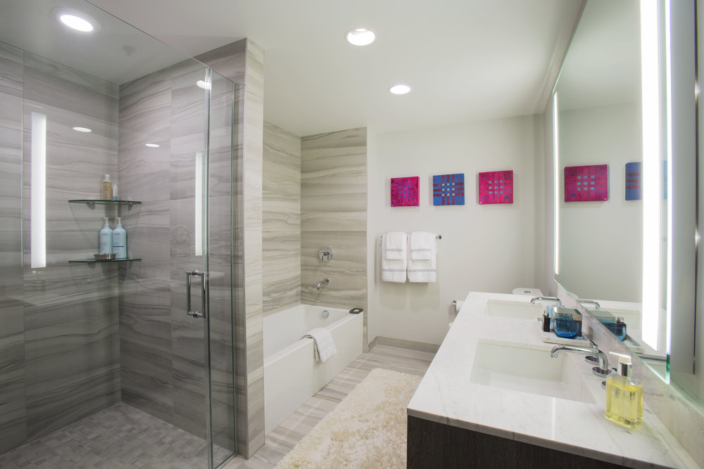 Bathroom1_36C2251.jpg