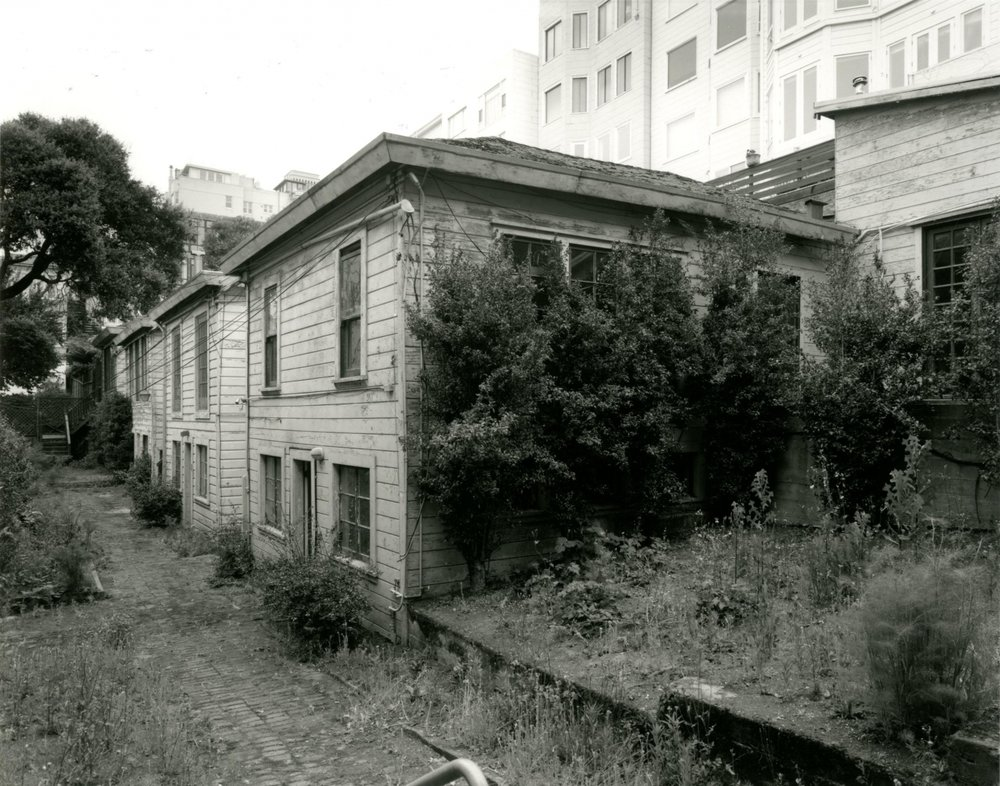 before-photo-san-francisco-filbert-cottages-1-1466x1152.jpg