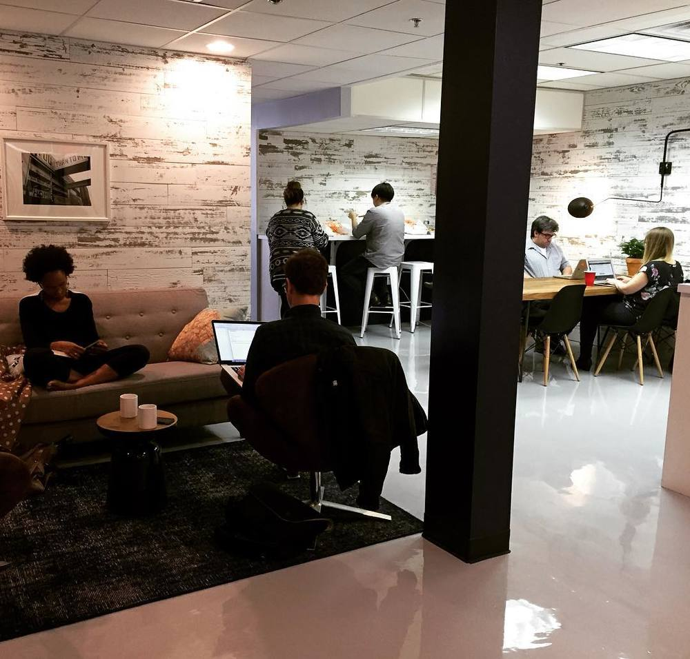 Chelsea office space lounge Sq Ft The Colab Factory Is Coworking And Collaboration Office Space In Downtown Brooklyn They Provide Meeting Spaces Conference Rooms In New York City And Chelsea Piers How To Find Coworking Space In Nyc