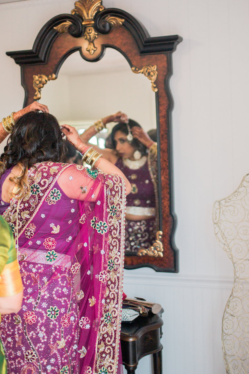 winery weddings, heather anderson photography, wedding photographer, getting ready, indian weddings