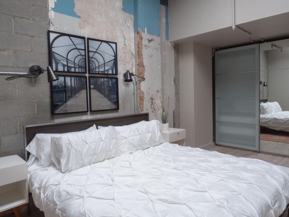 303 Bedroom 2.jpg