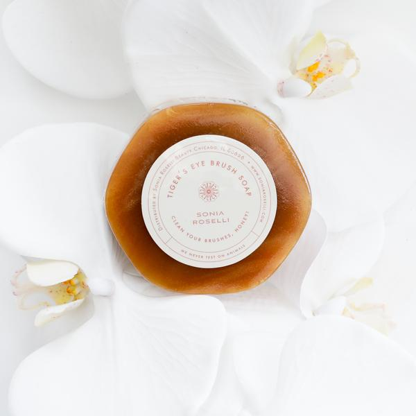 TIGER'S EYE BRUSH SOAP - 22   Clean your brushes, honey. Cleans, sanitizes, and brushes dry in half the time. A great gift for bridesmaids!