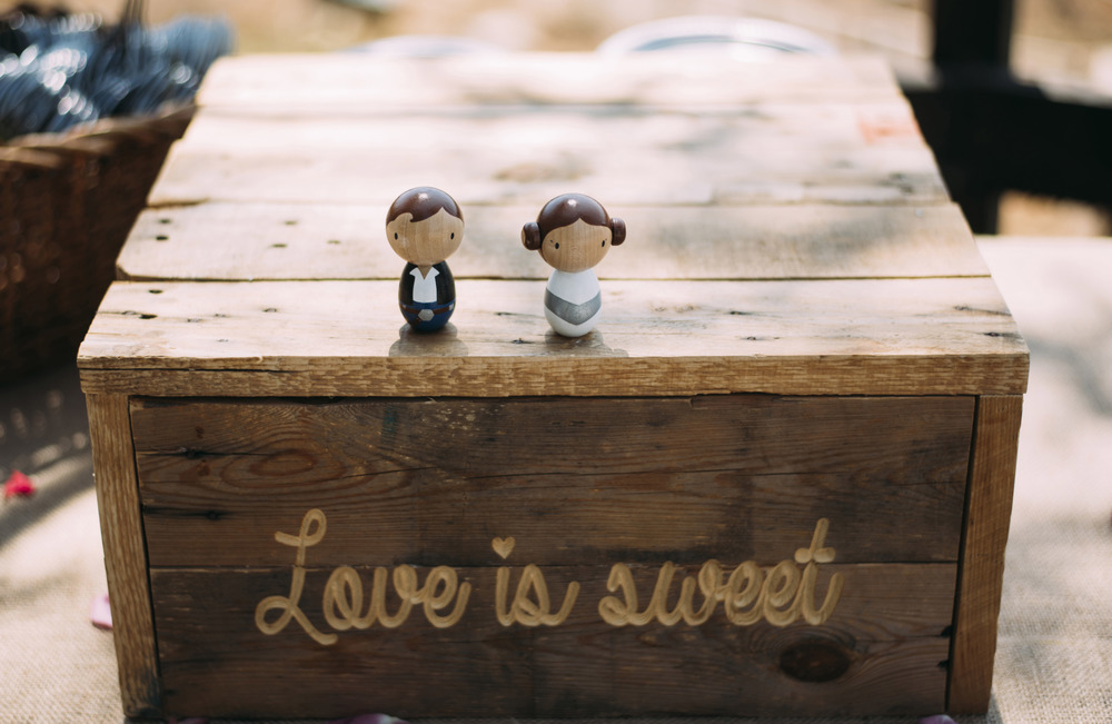 Love is Sweet Cakestand - (1)