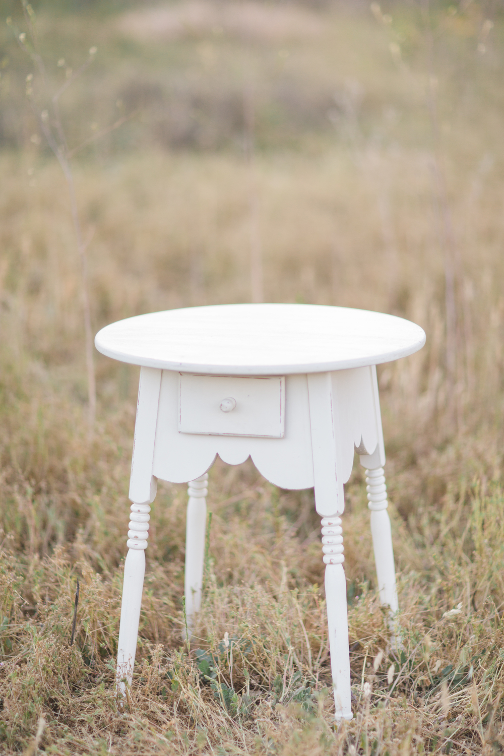 White Side Table _ (1)