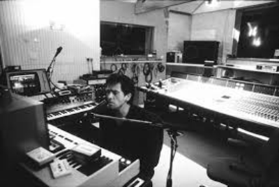 There's a massive difference in demoing things in realtime compared to clicking things in and recording and glueing snippets of bars together. Peter's producers and even he himself made sure to get it right back in the day.