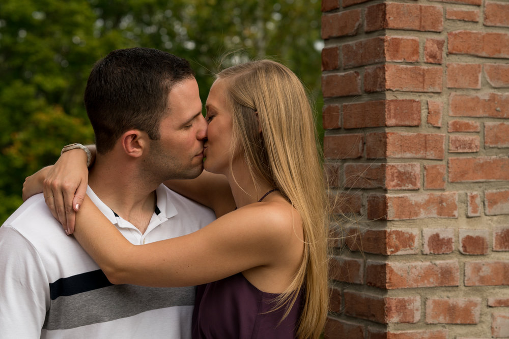 Cincinnati Photographers, Brian Manor Engagment-9.jpg