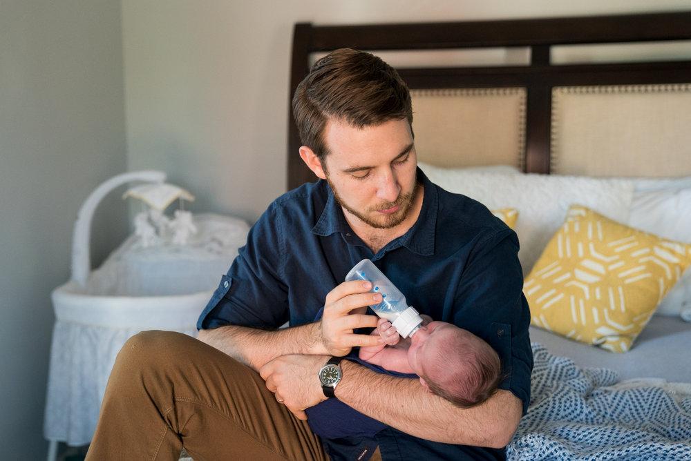 Cincinnati Newborn Lifestyle Photographers-5.jpg