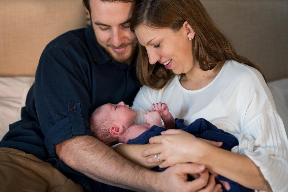 Cincinnati Newborn Lifestyle Photographers-6.jpg