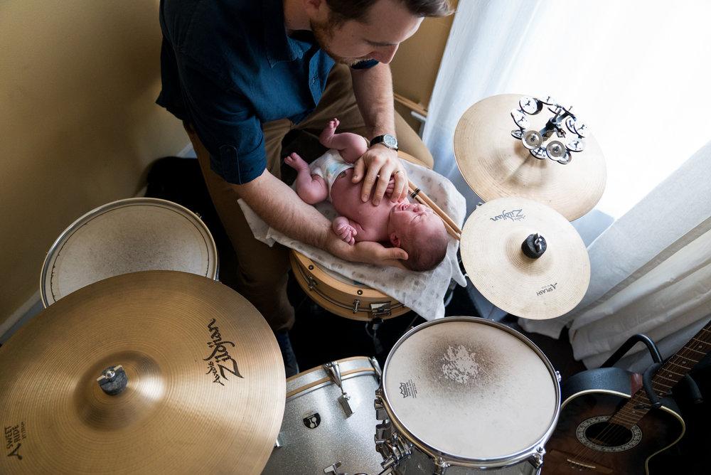 Cincinnati Newborn Lifestyle Photographers-13.jpg