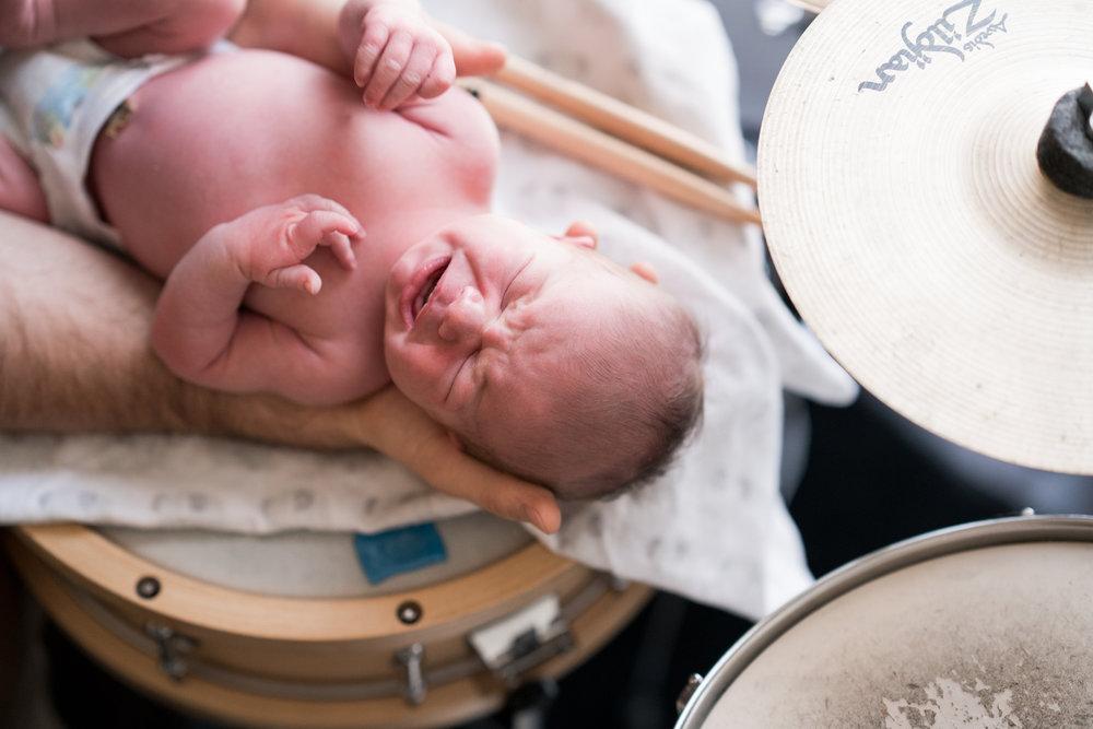 Cincinnati Newborn Lifestyle Photographers-14.jpg