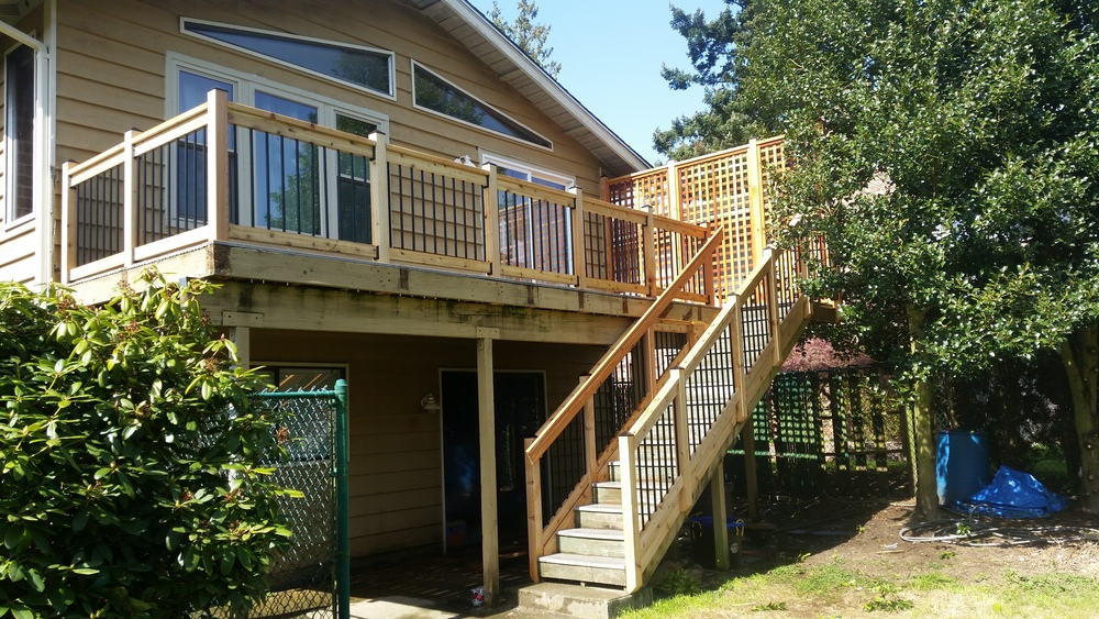 Handrail and privacy fence