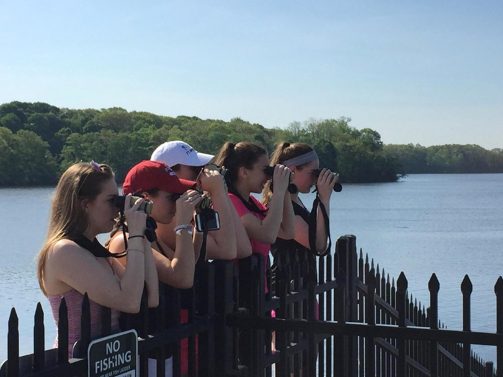 AP class spotting birds at Mystic Lakes dam