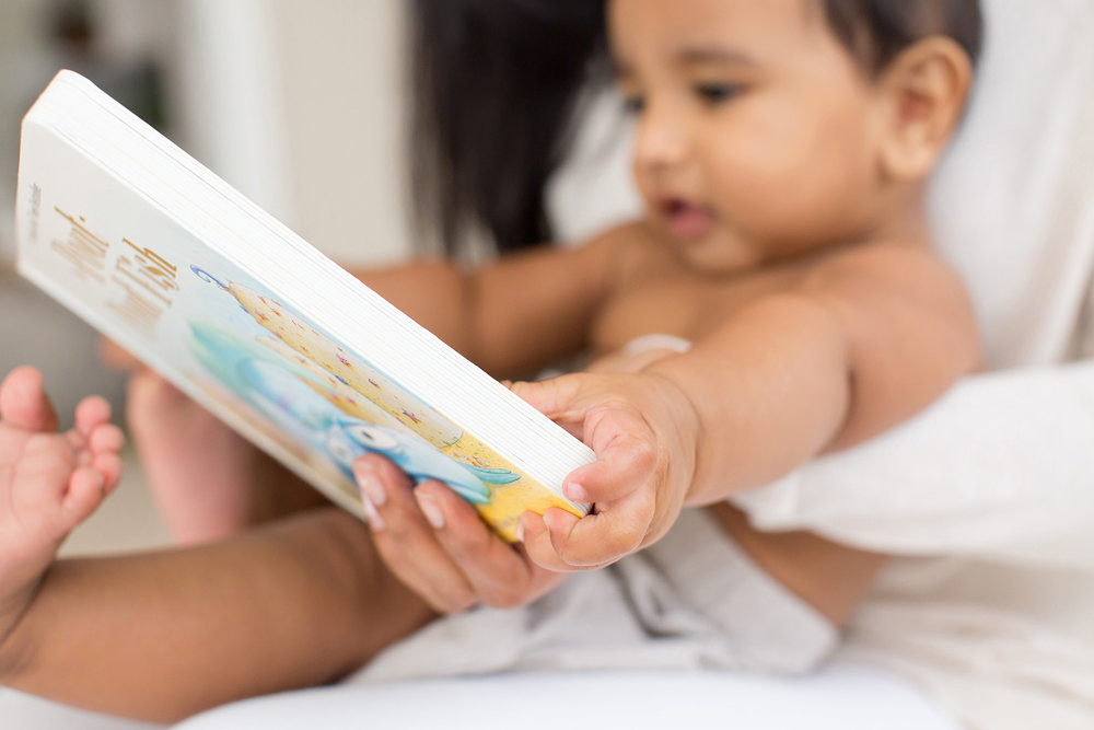 Louisville Family Photographer | Baby Photographer | Julie Brock Photography | mom and baby reading a book.jpg