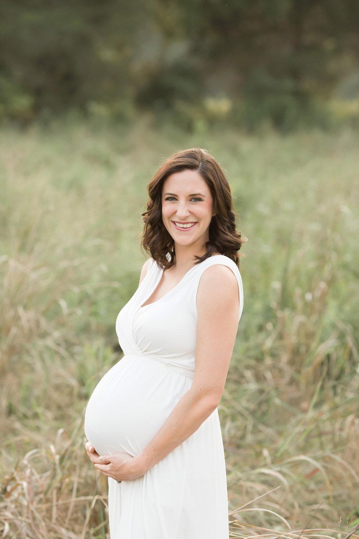 Louisville Ky Newborn Photographer | Julie Brock Photography | Louisville KY Matenity Photographer | Photo session outdoors in a field | dress for maternity photos.jpg