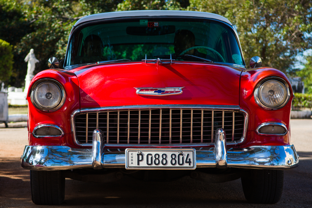 ISO 200 / 55mm / f4.0 / 1/1000sec -   I am not a big car fan, so I probably did not fully appreciate the beauty of these cars. For car photographers, Havana is definitely a must-go destination.