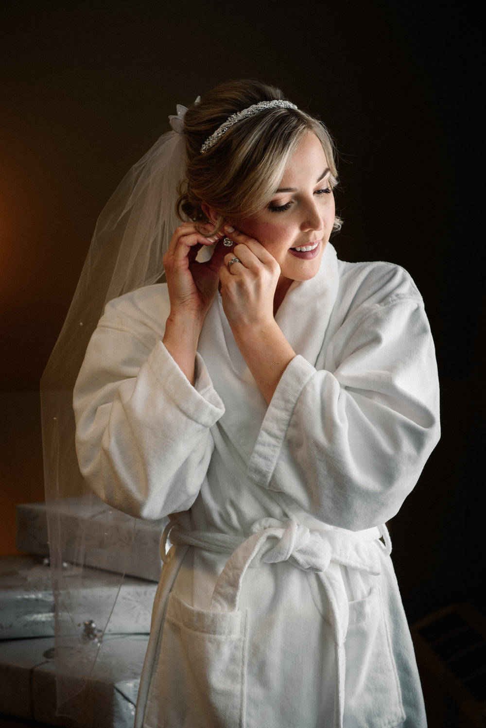 Bride Getting Ready Strathmere Weddding Ottawa