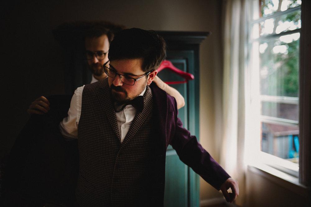 SheenPhotos Ottawa Wedding Photographer Dramatic Moody Candid Ottawa Rowing Club 10