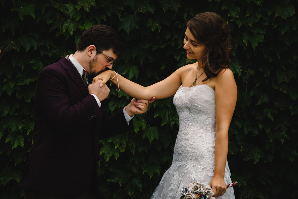 SheenPhotos Ottawa Wedding Photographer Dramatic Moody Candid Ottawa Rowing Club 26