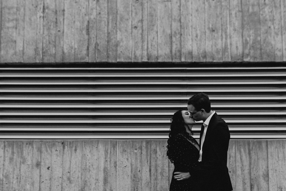 War Museum Engagement Picture Mocha Tree Studios Ottawa Toronto Montreal Wedding and Engagement Photographer and Videographer Dark Moody Intimate Authentic Modern Romantic Cinematic Best Candid 10