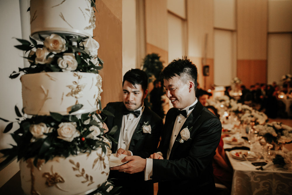 Mocha Tree Studios Wedding Cake