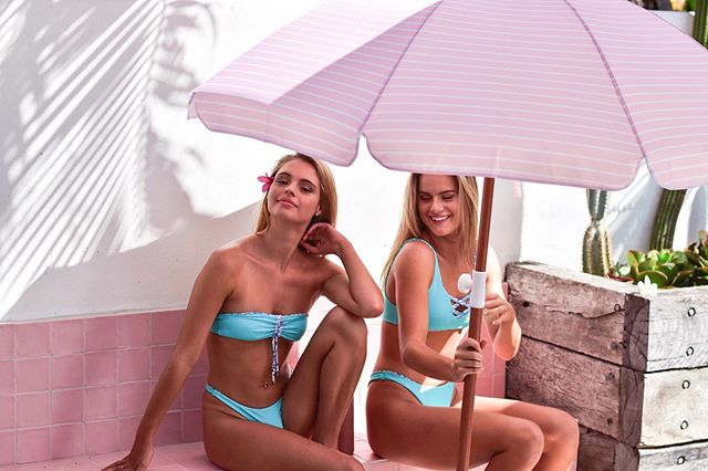 @eviekini girls and their Candy Beach Umbrella 💕