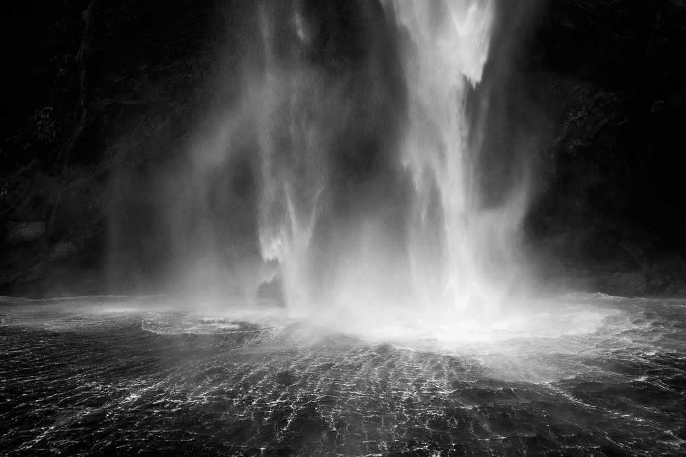 Milford_Sound_Waterfall_Black_and_White.png