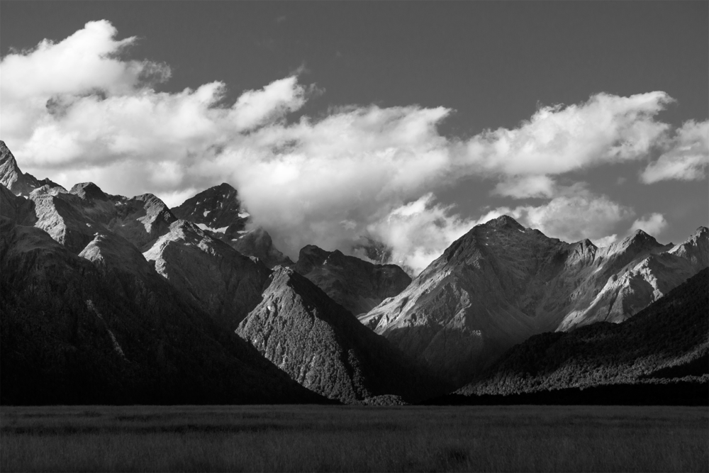 Milford_Valley_Black_and_White.png