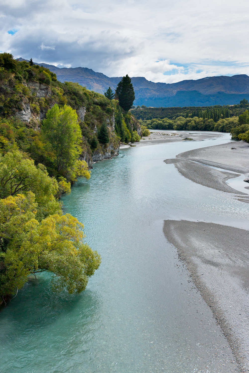 Shotover_River_New_Zealand_1.png