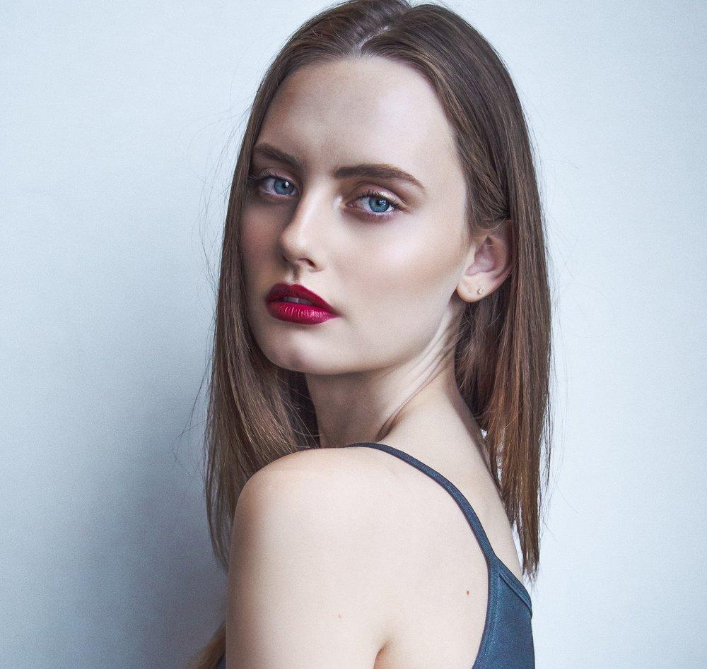 Sloan - Beauty-2.jpg