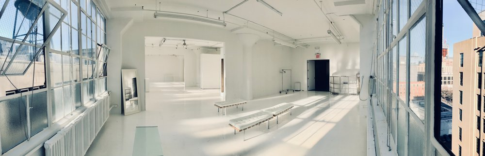 3000 sq ft (three galleries combined)