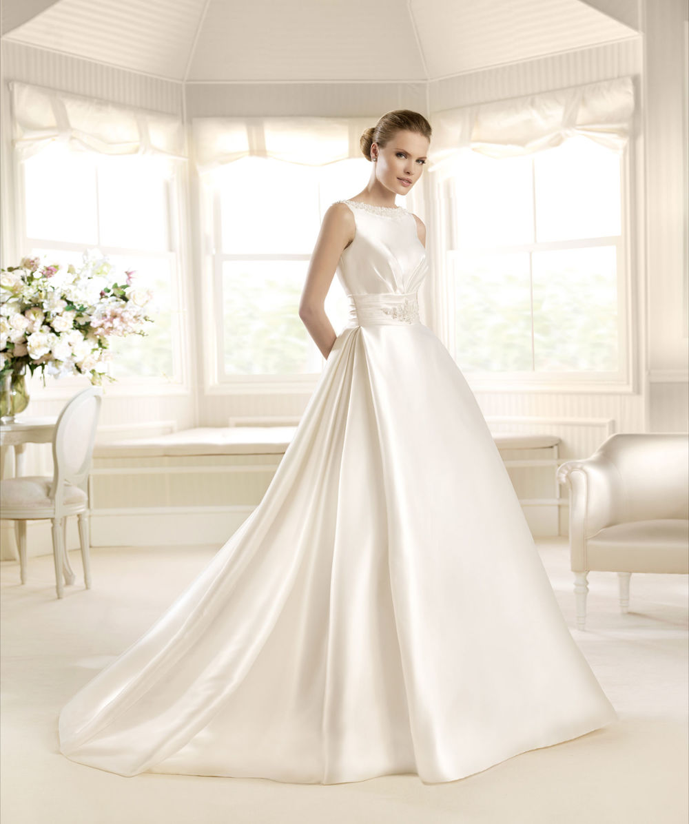 Audrey hepburn wedding dress images
