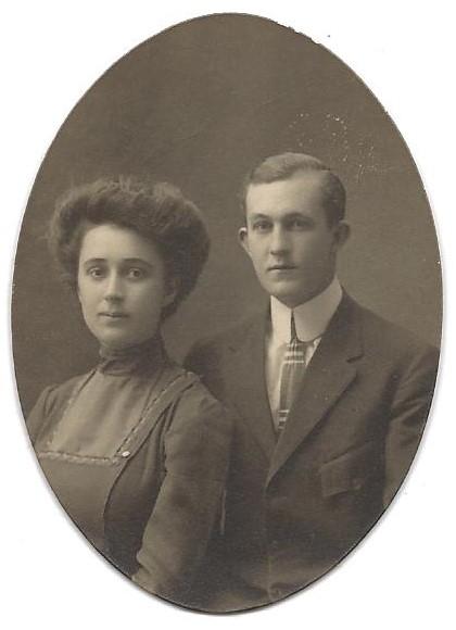 PORTRAIT OF A COUPLE - 1909