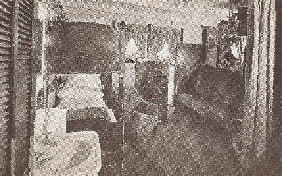 STEAMSHIP CABIN INTERIOR - 1912